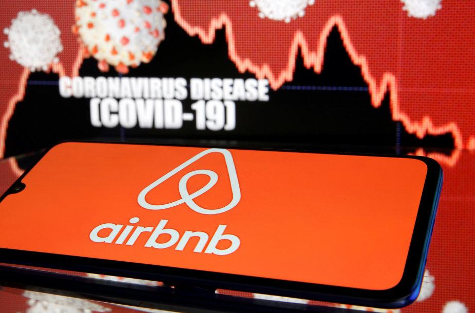 """Koronaviruso pandemijos sukelta krizė labai skaudžiai smogė """"Airbnb"""" verslui."""