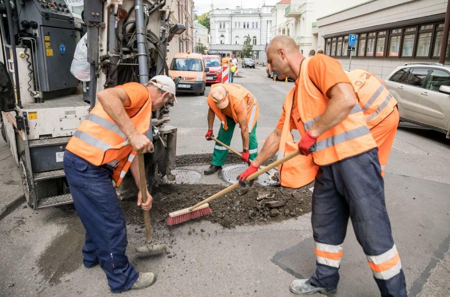 Darbai Totorių gatvėje