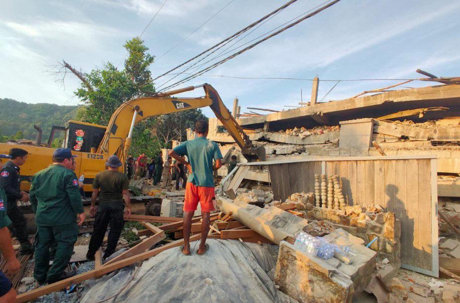 Namo griūtis Kambodžoje
