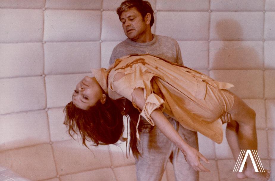 "Donatas Banionis ir Natalija Bondarčiuk filme ""Soliaris"". 1971 m."