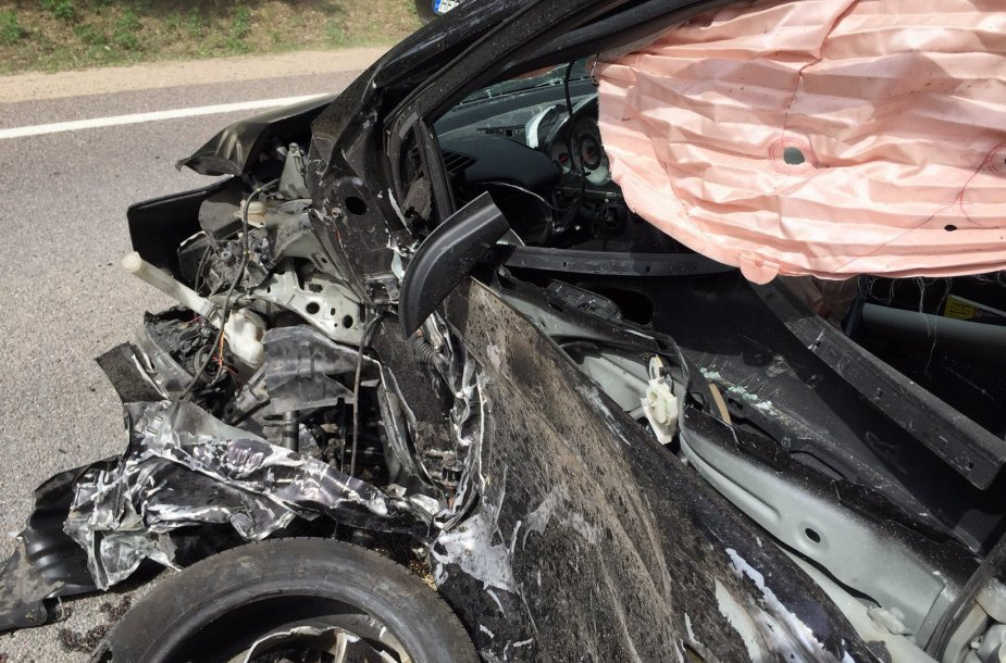 """""""Mazda"""" įvykio vietoje"""