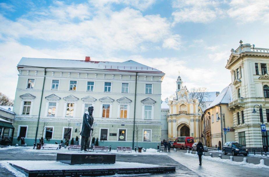 Paminklas Jonui Basanavičiui Vilniuje