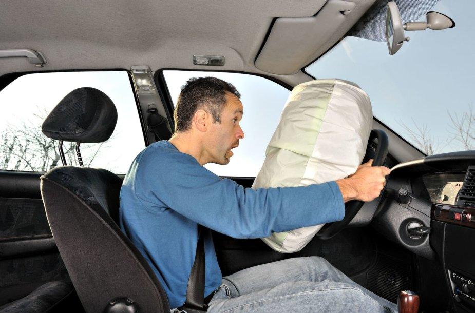 Automobilio oro pagalvė