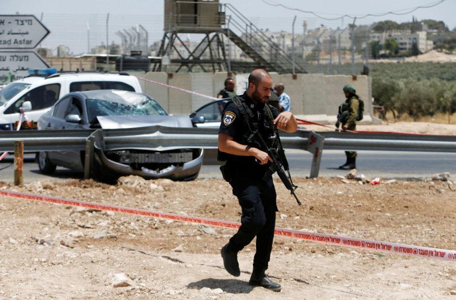 Vakarų Krante nušautas palestinietis, bandęs įvykdyti išpuolį