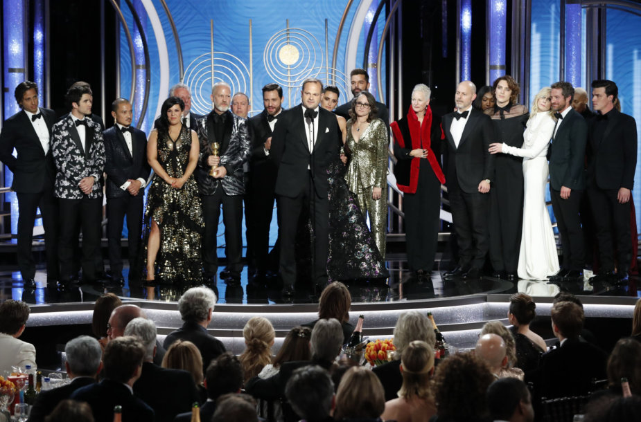 """Serialo """"Amerikietiška nusikaltimo istorija: Gianni Versace nužudymas"""" komanda"""