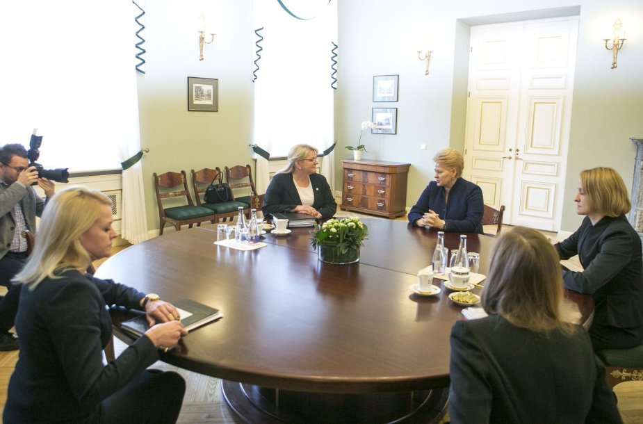 Algimanta Pabedinskienė ir Dalia Grybauskaitė