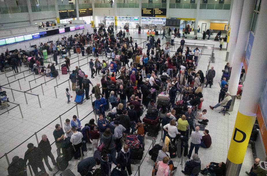 Gatviko oro uoste dėl skraidyklės buvo kilęs chaosas