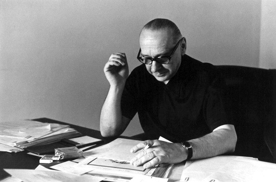 A. J. Greimas Paryžiuje. 1971 m.