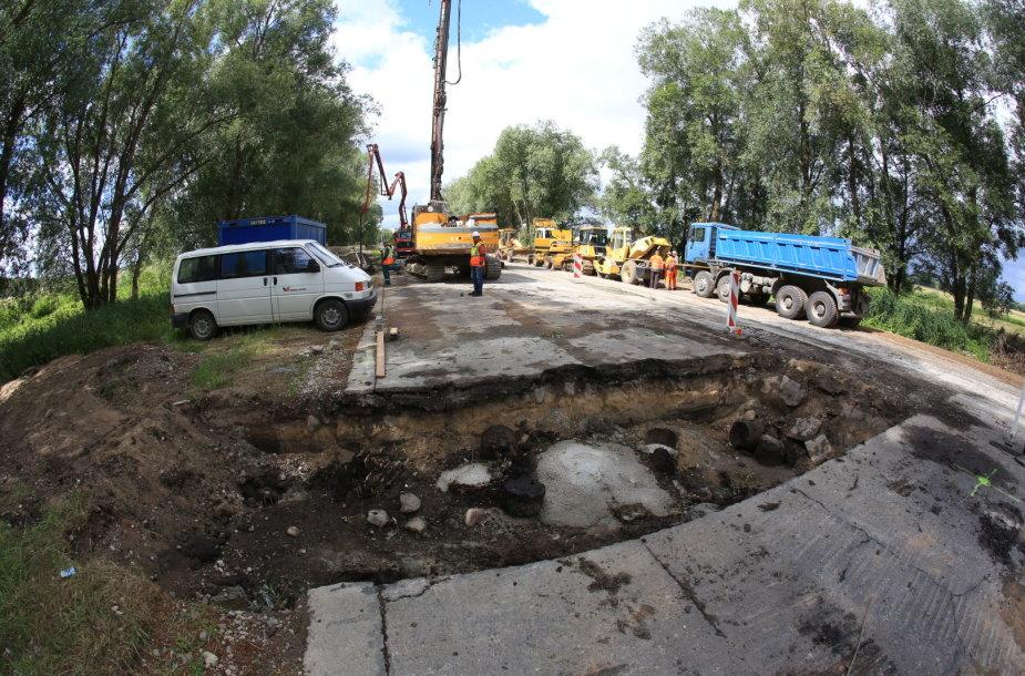 Estakados Rusnėje statybos
