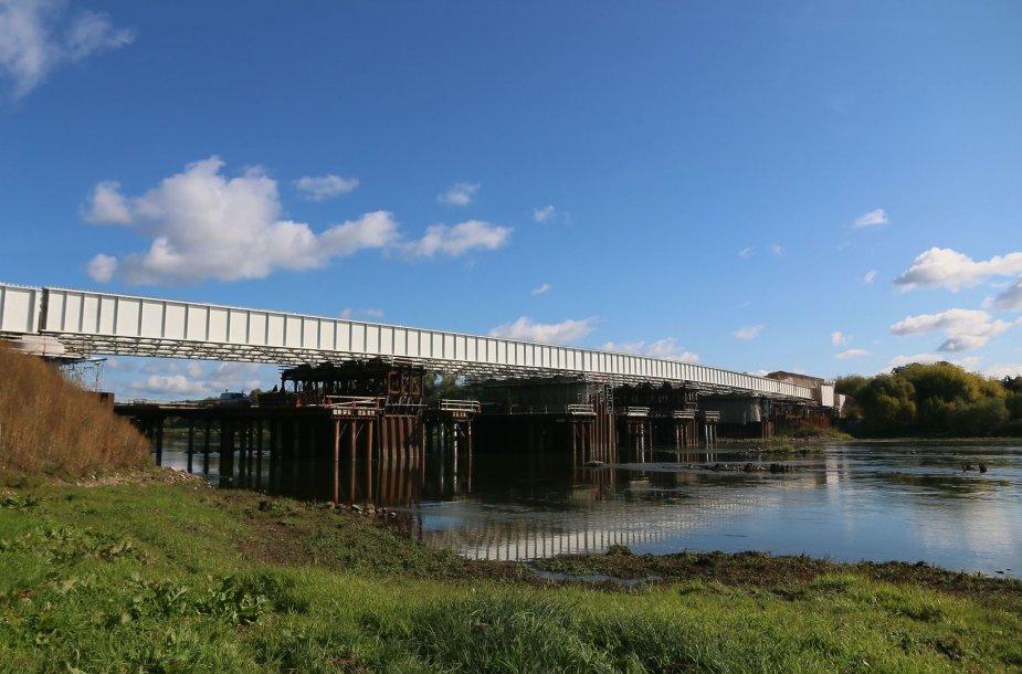 Mažiau nei po metų, kauniečiai jau galės naudotis nauju Panemunę ir Žemuosius Šančius jungiančiu tiltu