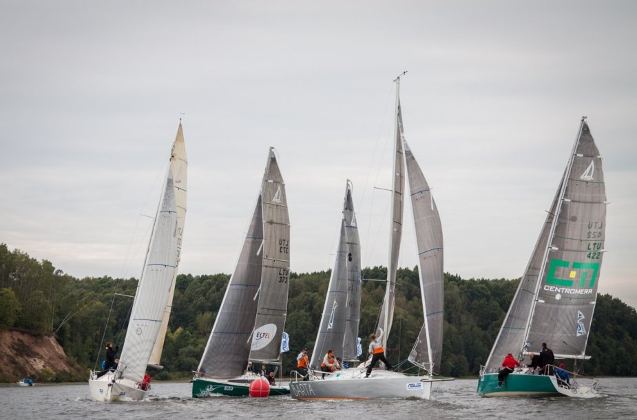 Penktasis ASUS RS-280 jachtų klasės taurės etapas