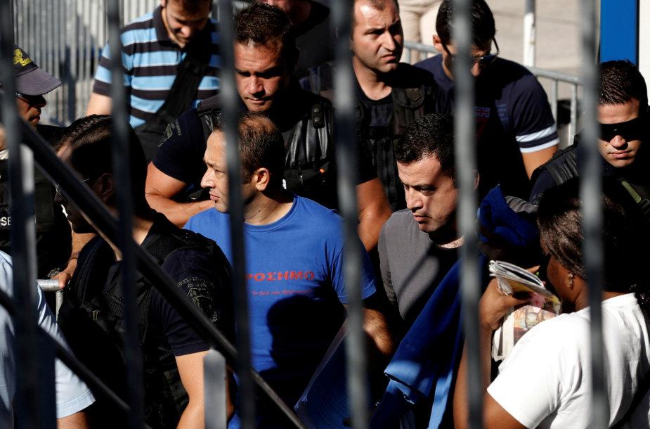 Du iš aštuonių Turkijos kariškių Graikijoje