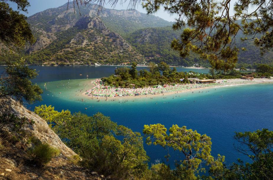 Žydroji lagūna, Oludenizas