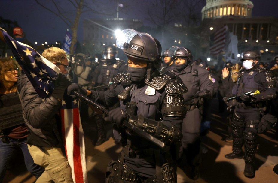 D.Trumpo šalininkų protestas