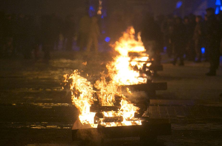 Sausio 13-osios atminimo laužų uždegimo ceremonialas