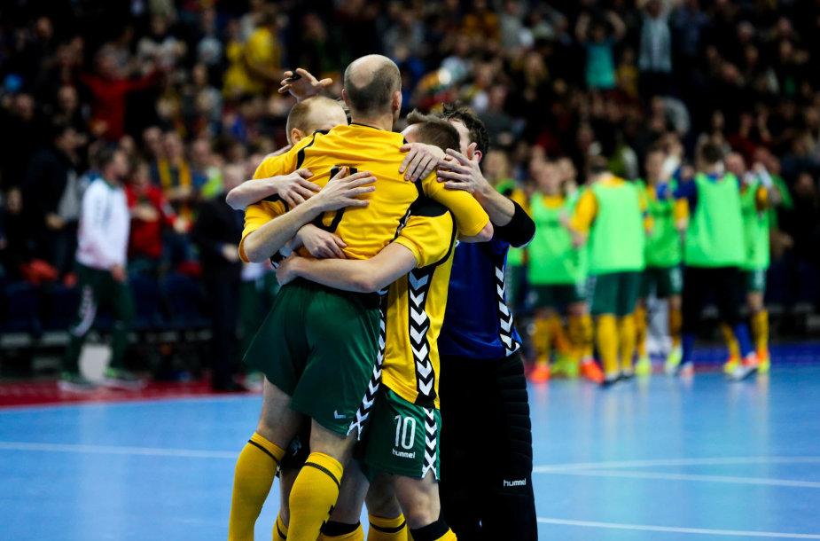 Salės futbolo varžybos tarp Lietuvos ir Prancūzijos rinktinių