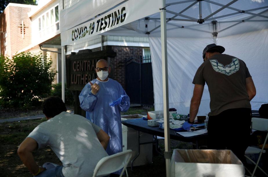 JAV siautėja koronavirusas