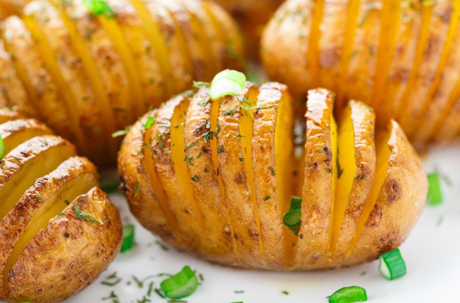 Orkaitėje keptos bulvės