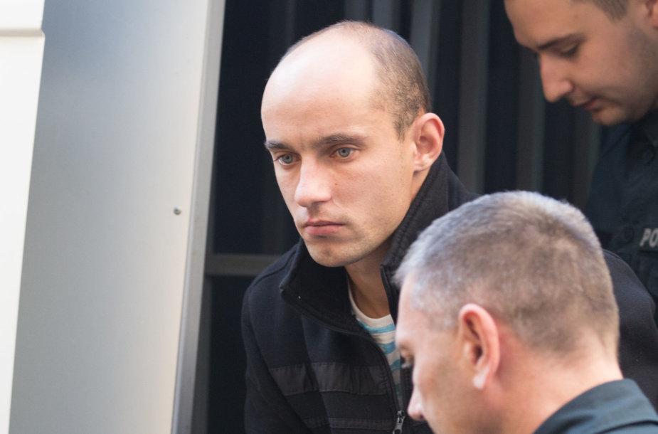 Nužudymu įtariamas vyras atvežtas į teismą