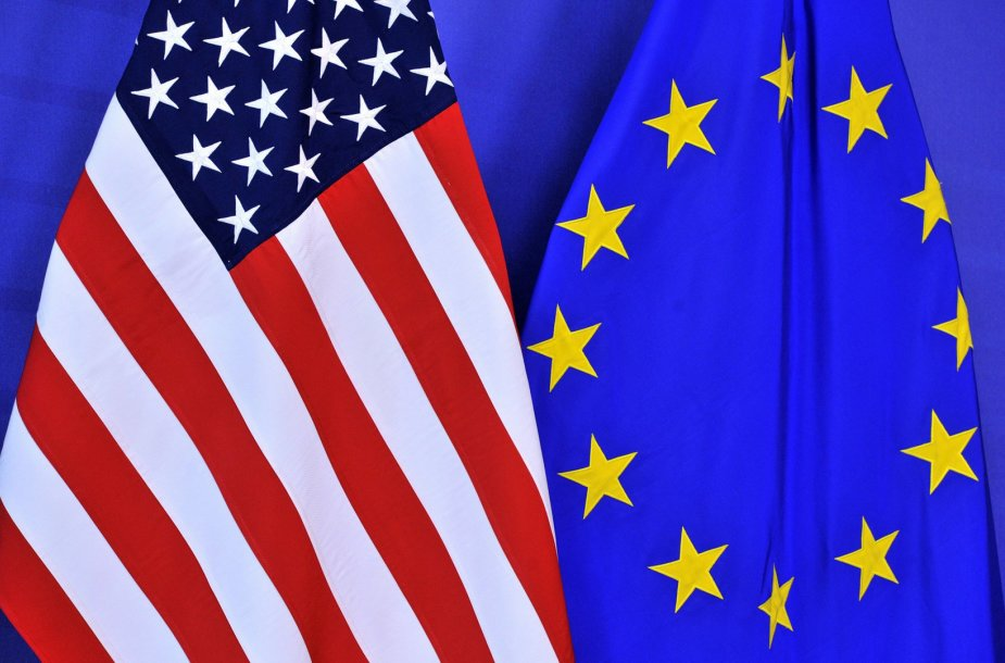 JAV ir ES vėliavos
