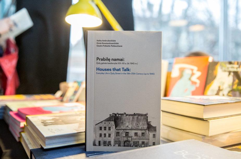 """Knyga """"Prabilę namai. Žydų gatvės kasdienybė XIX-XX a. (iki 1940 m.)"""""""