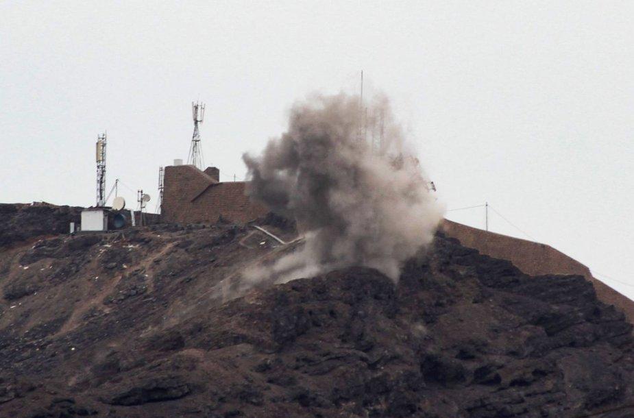 Jemeno laikinąją sostinę drebino intensyvūs mūšiai