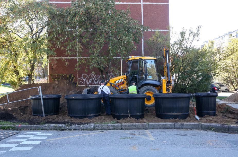 Karoliniškėse įrengiami požeminiai konteineriai