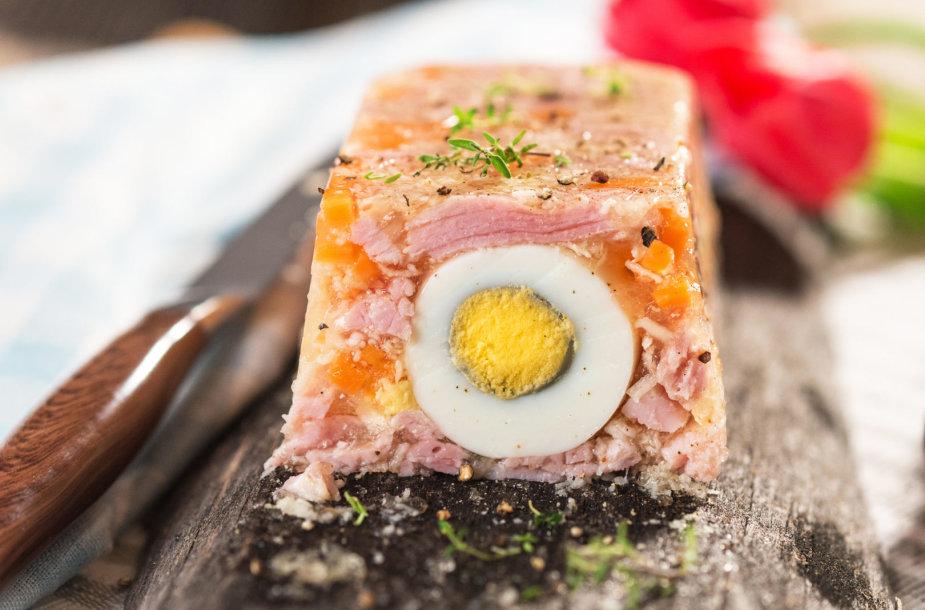 Kumpio terinas su kiaušiniais ir morkomis
