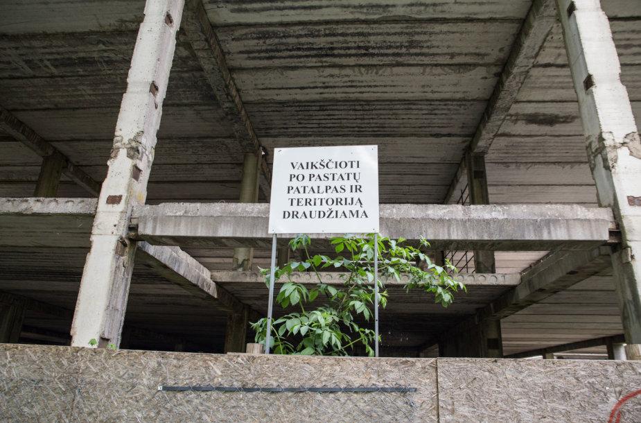 Apleistas pastatas Kaune