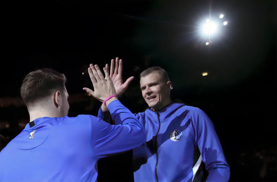 Kristapas Porzingis ir Luka Dončičius drauge pelnė 57 taškus.