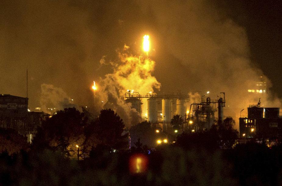 Sprogimas chemijos gamykloje Ispanijoje