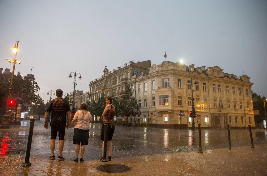 Stiprus lietus Vilniuje