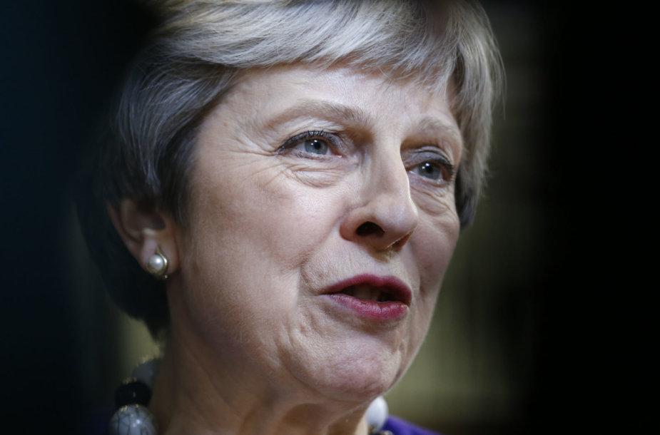Theresa May susitikimo Briuselyje rezultatais nenusivylė