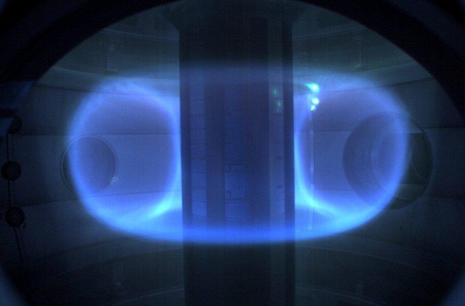 Plazmos žiedas reaktoriaus viduje