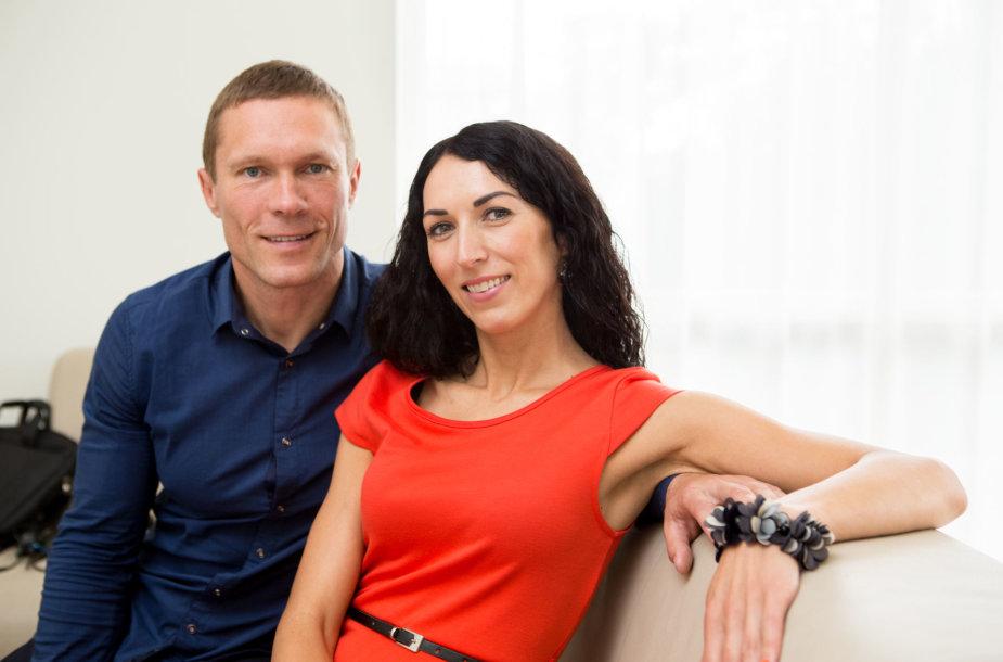 Pasaulio žmonų nešimo čempionato laimėtojai   Vytautas ir Neringa Kirkliauskai