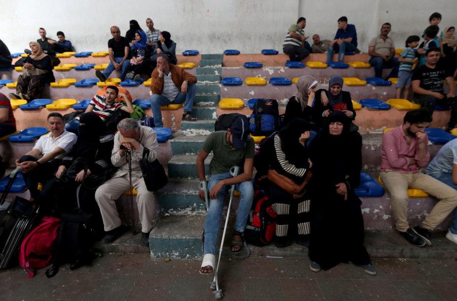 Palestiniečiai prie Egipto sienos