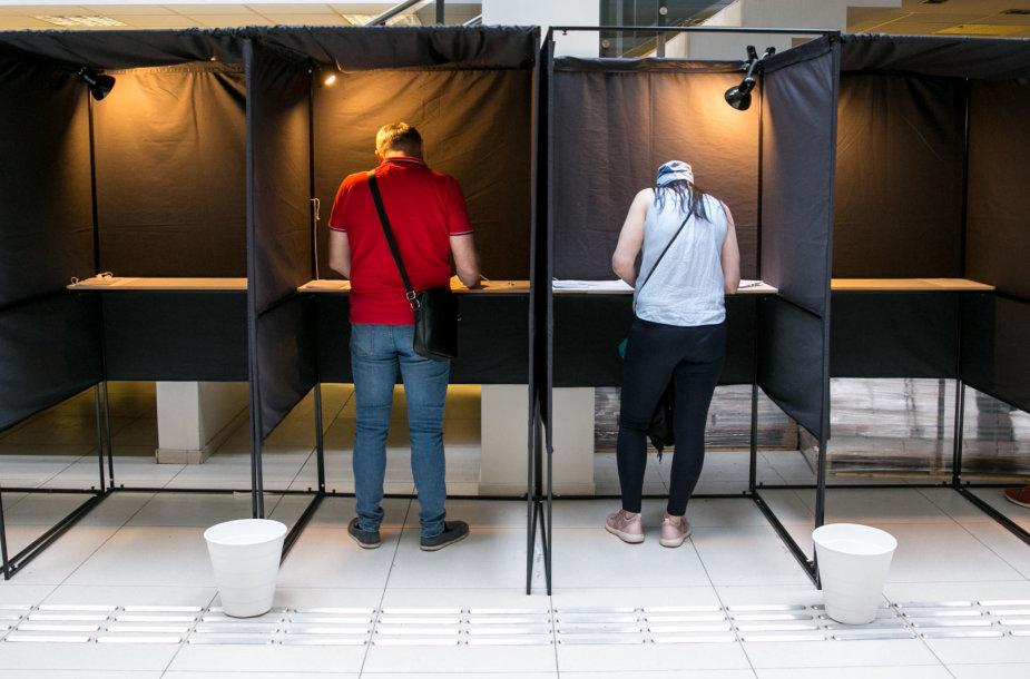 Vilniaus savivaldybėje vyksta išankstinis balsavimas prezidento rinkimų antrajame ture