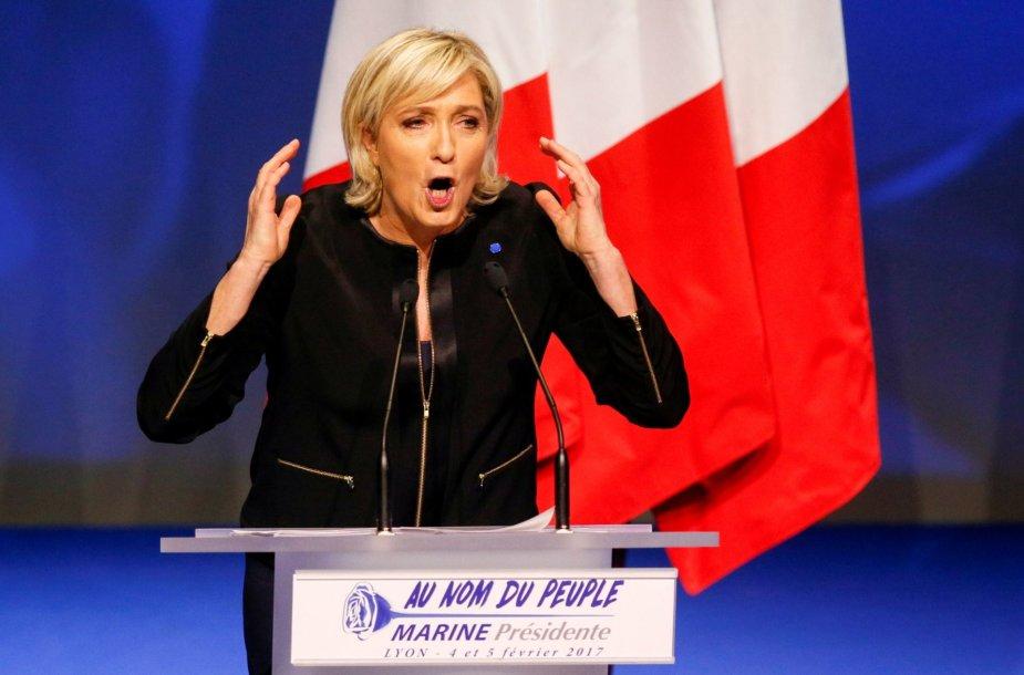Marine Le Pen savaitgalį oficialiai pradėjo rinkimų kampaniją