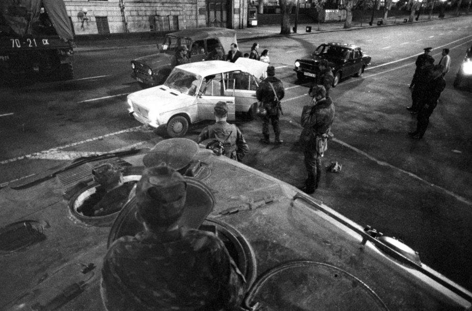 Sovietiniai tankai Tbilisyje 1989 m.
