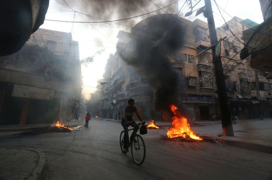 Sirijos mieste Alepe intensyvėja kariniai veiksmai