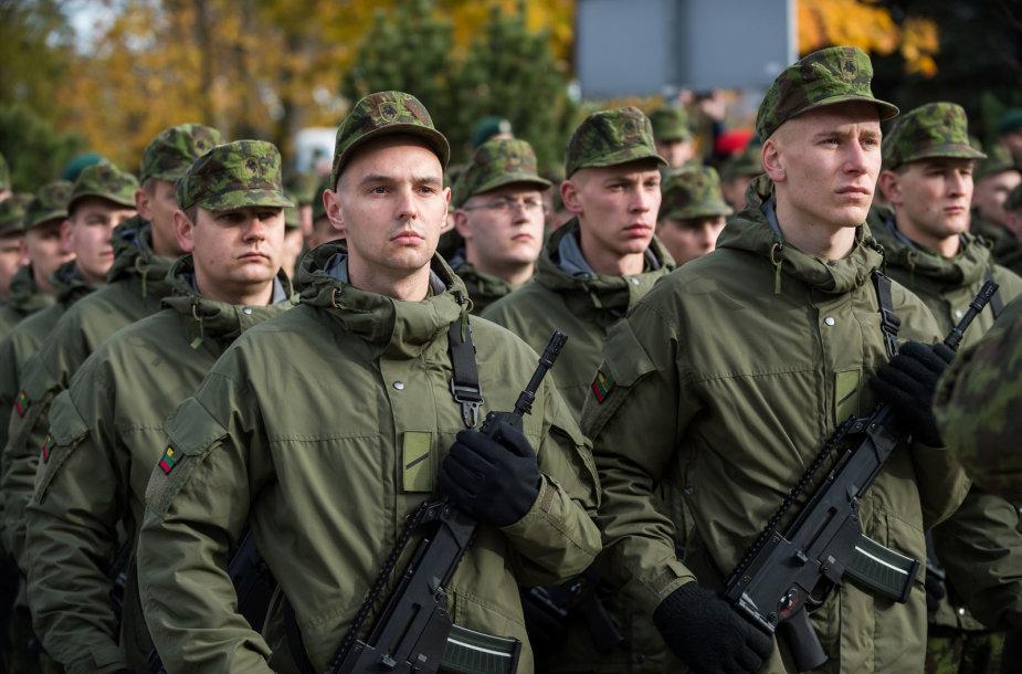 """Motorizuotosios pėstininkų brigados """"Žemaitija"""" šauktinių priesaika"""