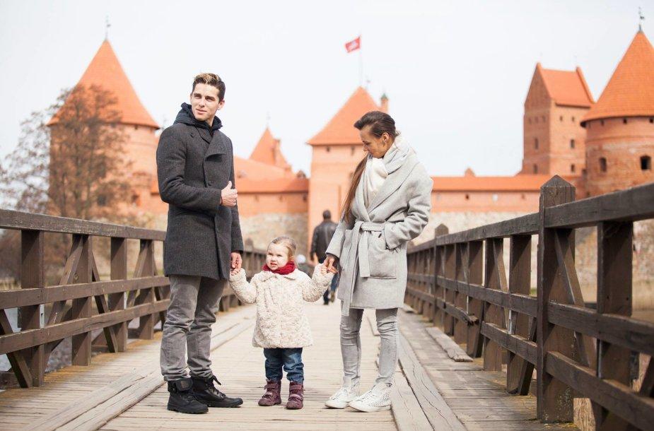 Donatas Montvydas su žmona Veronika ir dukra Adele