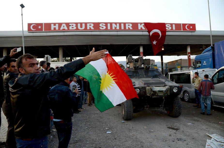 Irako kurdų kovotojai Turkijoje