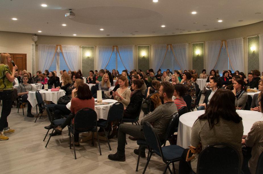 """""""Moterų ralio"""" konferencija"""