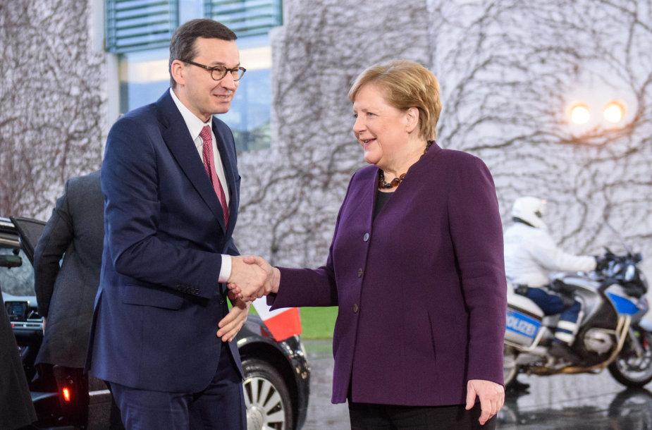 Mateuszas Morawieckis ir Angela Merkel