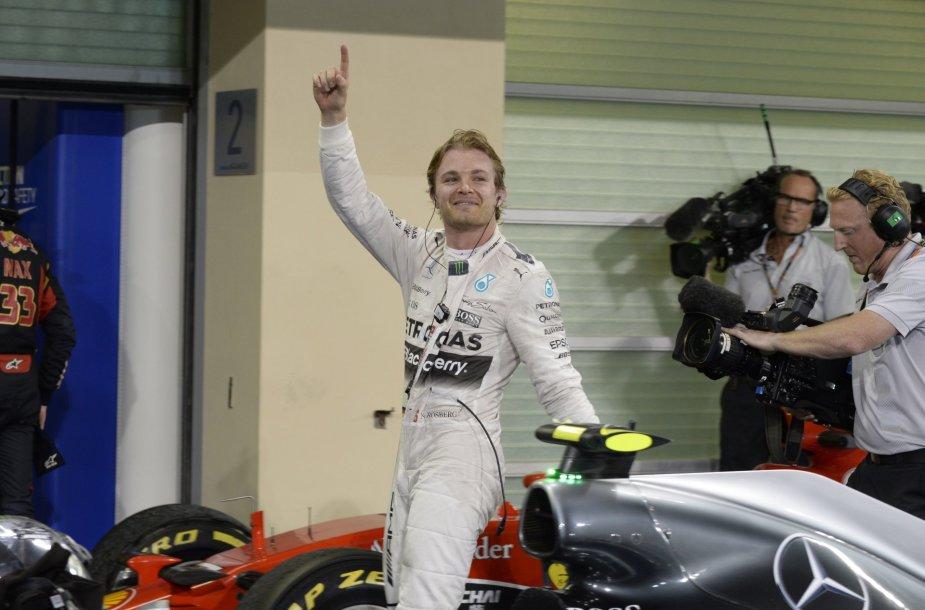 Nico Rosbergas triumfavo Abu Dabyje
