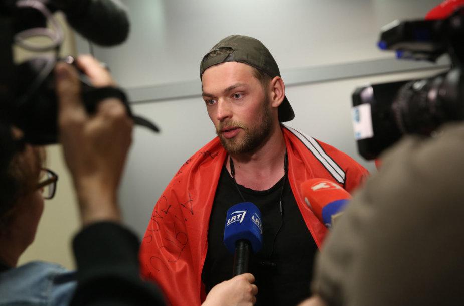 Iš Eurovizijos į Lietuvą sugrįžo Jurijus Veklenko