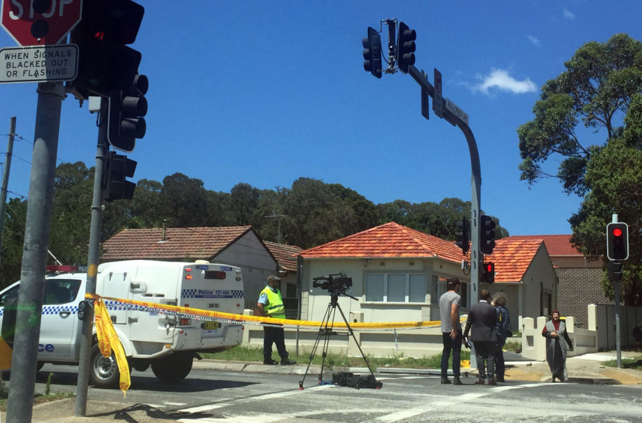 Automobiliui įsirėžus į mokyklos sieną žuvo du vaikai