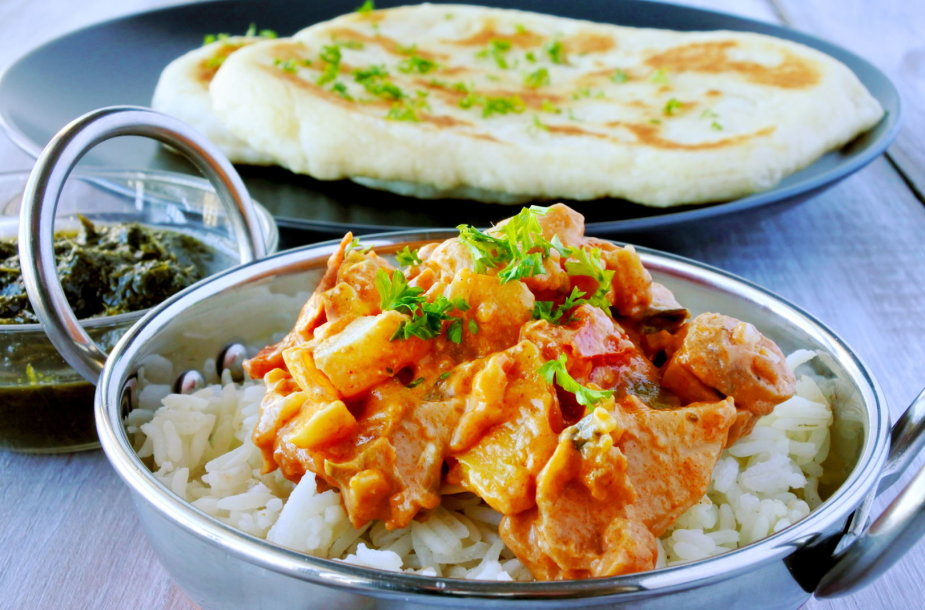 Indiškai ruošta vištiena su ryžiais