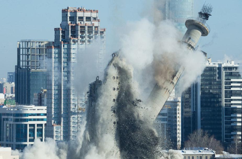Nugriautas aukščiausias apleistas pastatas Rusijoje